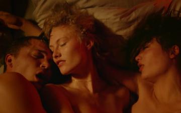FILM REVIEW: LOVE BY GASPAR NOÉ